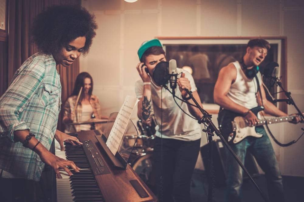 Locales para hacer música